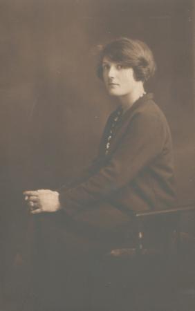 Helen Macartney, possibly in mid-20s