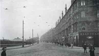 1910 Photo of Rutherglen Road looking east from Braehead Street.
